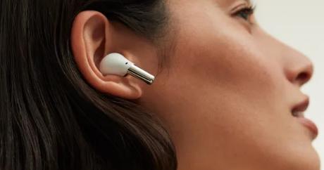 OnePlusBudsPro耳机宣布将于9月1日发售售价150美元